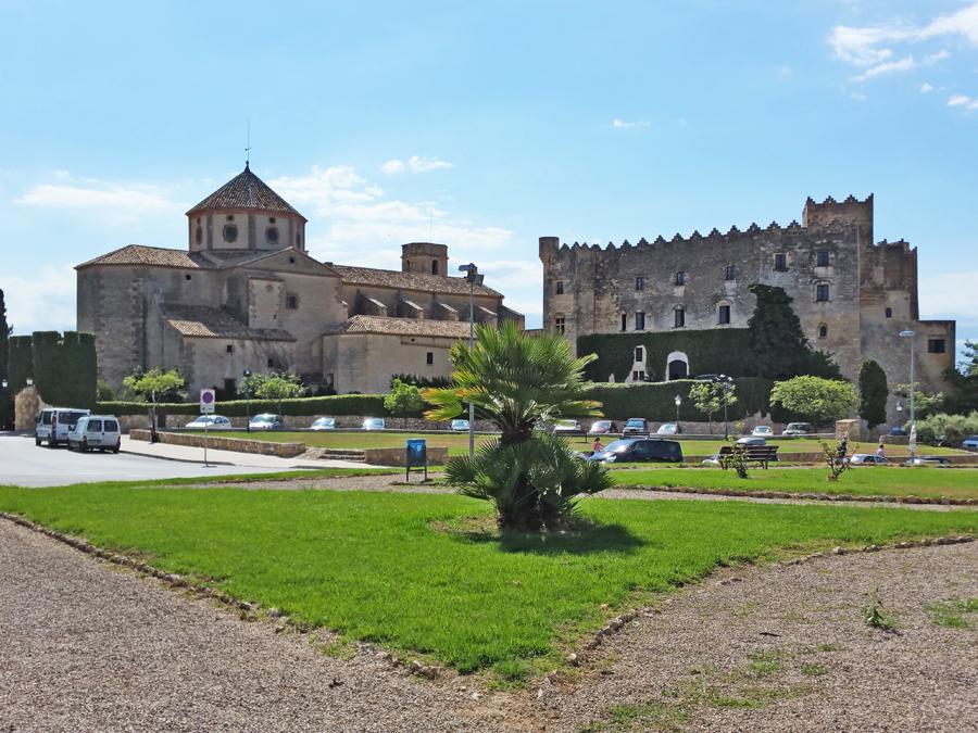 altafulla-vista-castell-esglesia